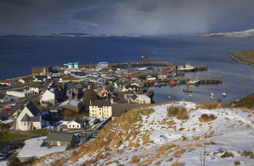 WY3Q8276 WINTER VIEW OF MALLAIG