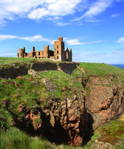 The Ruins Of New Slains Castle On A Clifftop In Cruden Bay Aberdeenshire