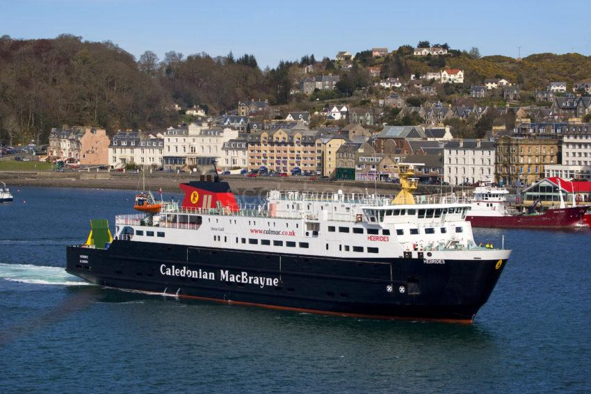 WY3Q3332 MV Hebrides Visits Oban On First Visit