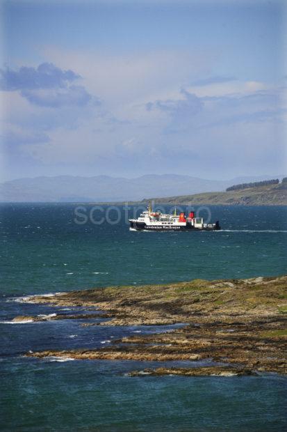 MV Hebridean Isles Heads For Islay