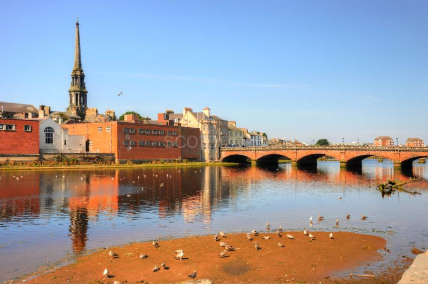 ACROSS RIVER TO OLD BRIDGE AND TOWN AYR