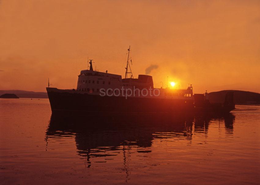 Glen Sannox Silhouette Sunset Oban Bay