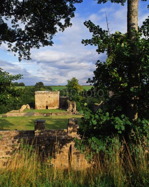 Crainethen Castle Nr River Nethen Lanarkshire