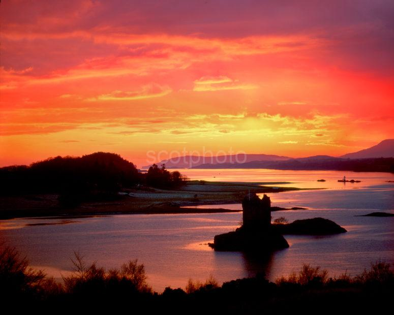 Beautiful Sunset Castle Stalker