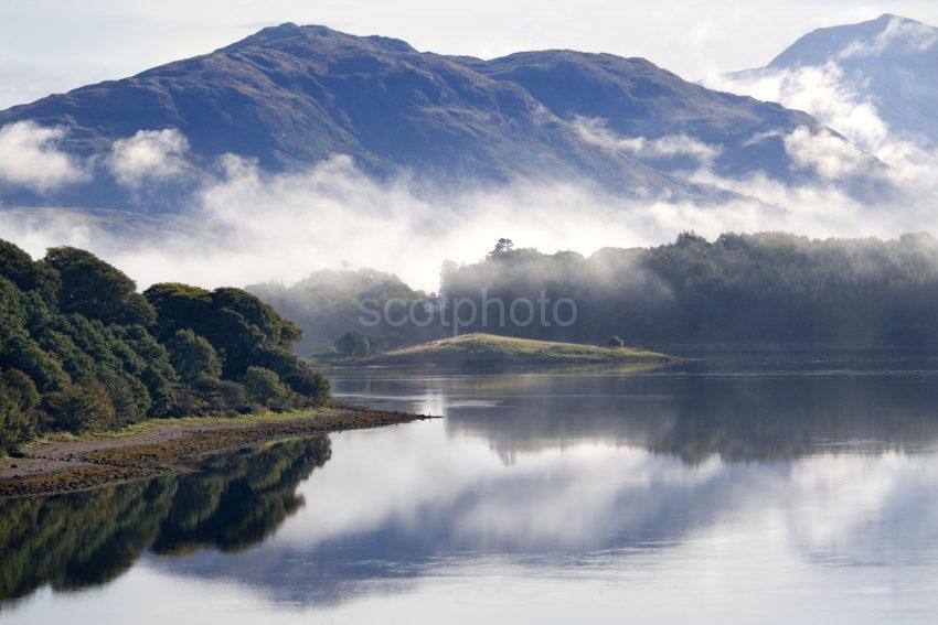 WY3Q0207 Misty Loch Etive Nr Bonawe
