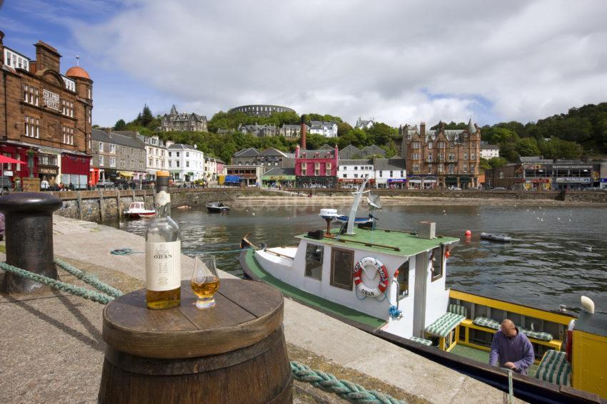 I5D1569 Whisky On Barrel North Pier