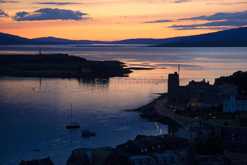 0f197737 1z6e6629 Oban Sunset