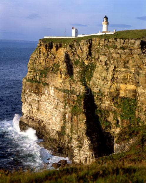Dunnet Head Lighthouse Most Northerly Point In Scot Nr John O Groats