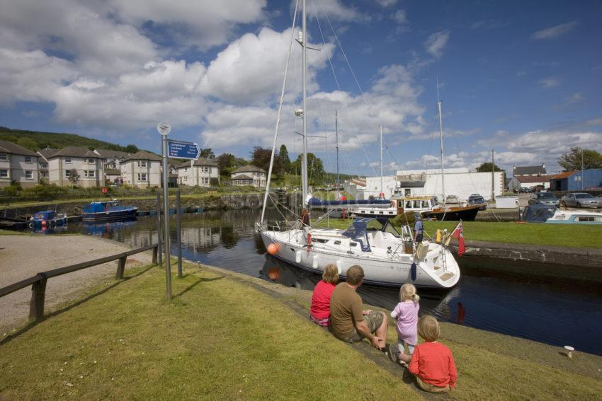 I5D0385 Great Shot Ardrishaig Basin With Yacht June 2011