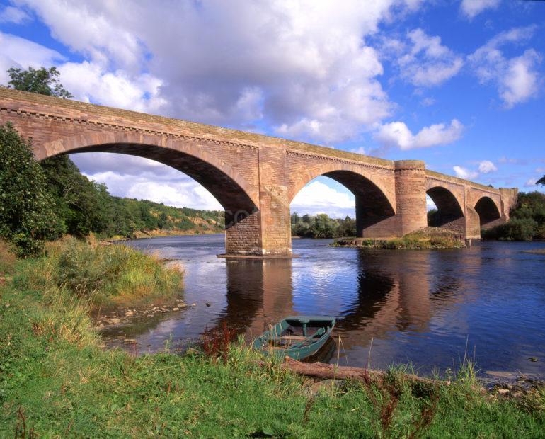 Sandstone Bridge Across River Tweed Nr Ladykirk Berwickshire Borders