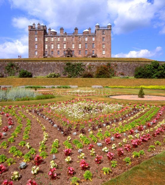 Drumlanrig Castle From Walled Gardens
