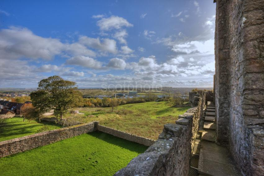 0I5D9032 Craigmillar Castle Edinburgh