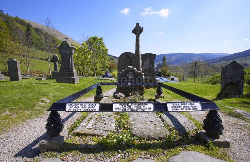 Rob Roys Grave At Balquidder Perthshire