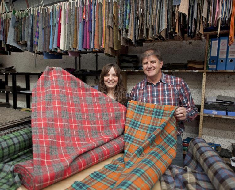 DSC 5351 Gwen And Roddy Harris Tweed Mill Shawbost Lewis