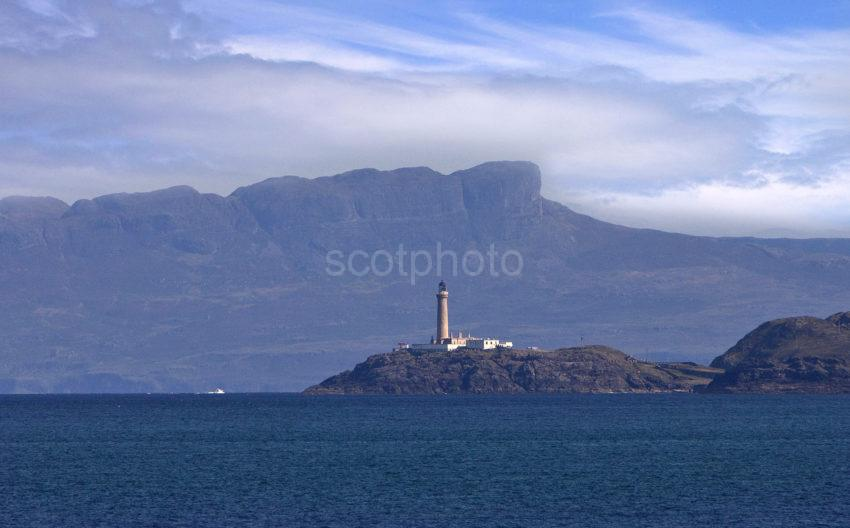 ARDNAMURCHAN LIGHTHOUSE AND EIGG