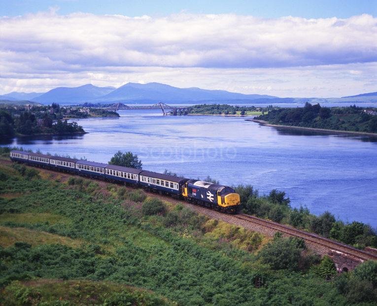 Class 37 413 Hauls Oban To Glasgow Train Past Loch Etive