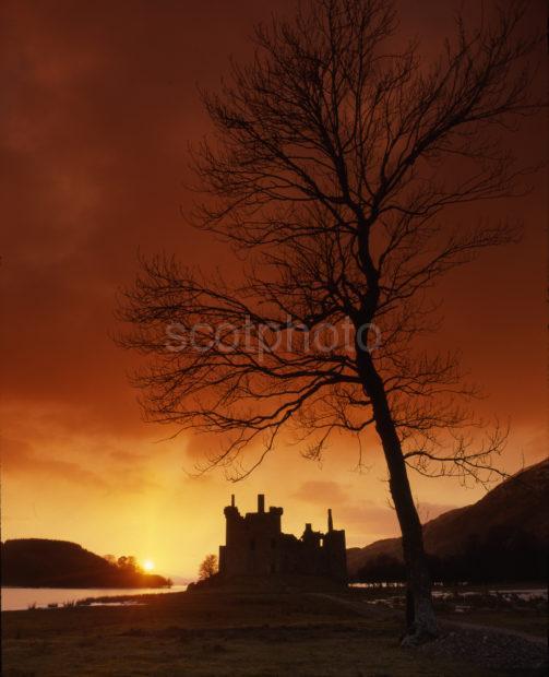Kilchurn Castle Sunset