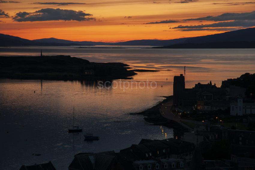 729cfe54 1z6e6629 Oban Bay Sunset