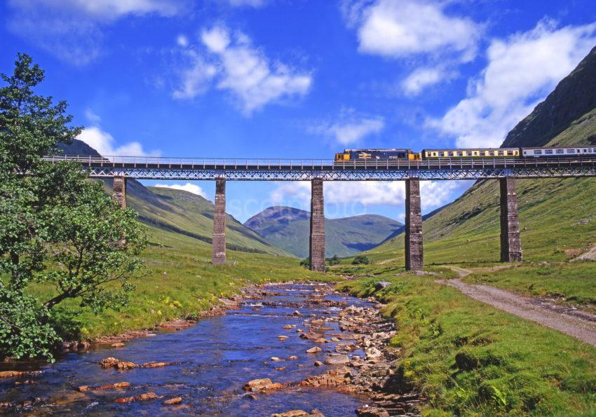 Class 37 Glasgow Fort William Train On Horseshoe Viaduct