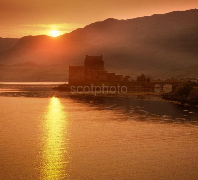 Sunset Eilean Donan