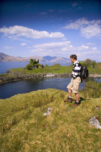 WY3Q9886 Hiker At Coefffin Castle Isle Of Lismore