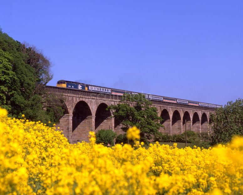 Class 47 614 Crosses Linlithgow Viaduct With A Mixed Rolling Stock