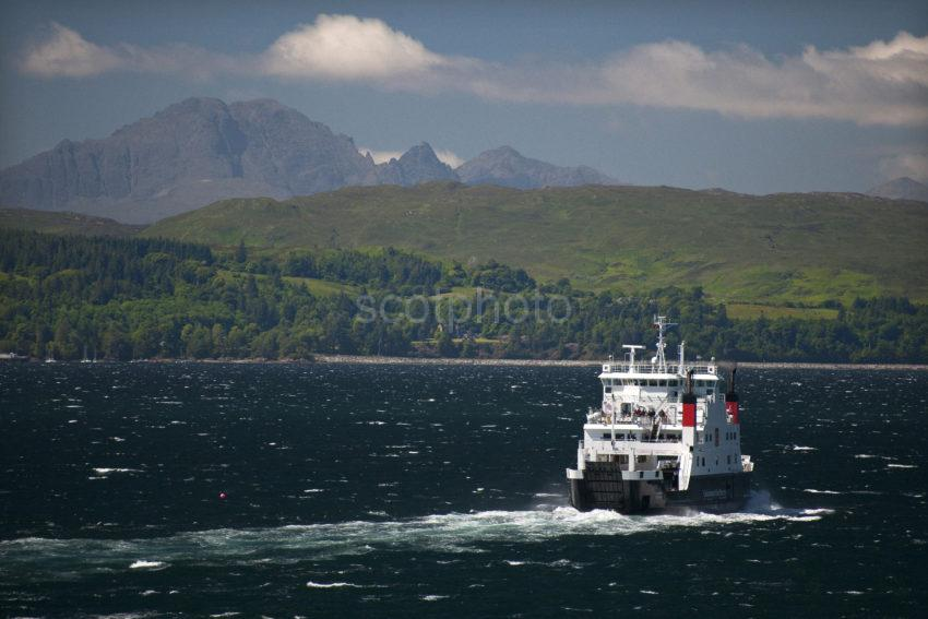 DSC 5965 The Skye Ferry Coruisk With The Cuillins
