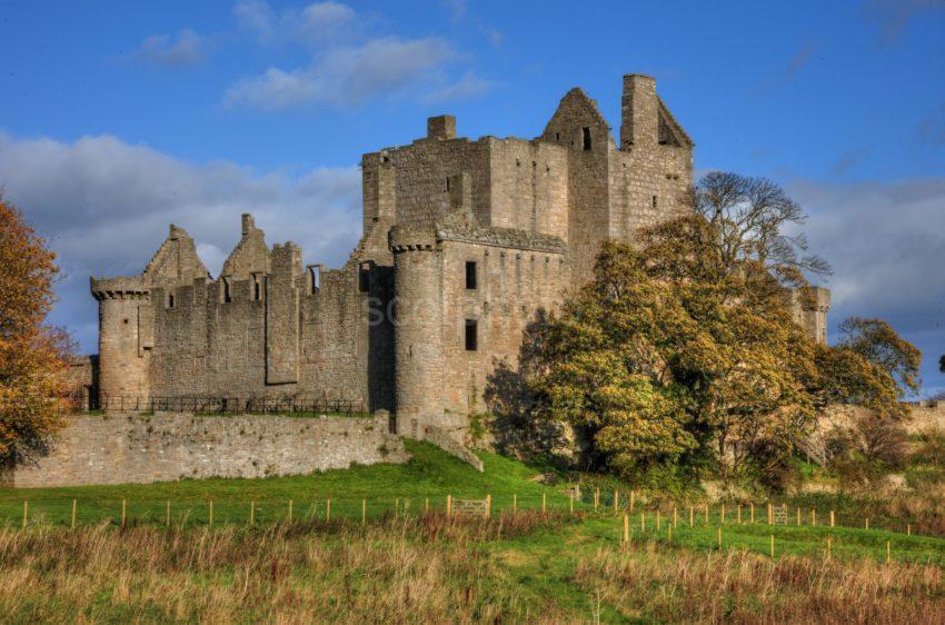 0I5D9168 Craigmillar Castle