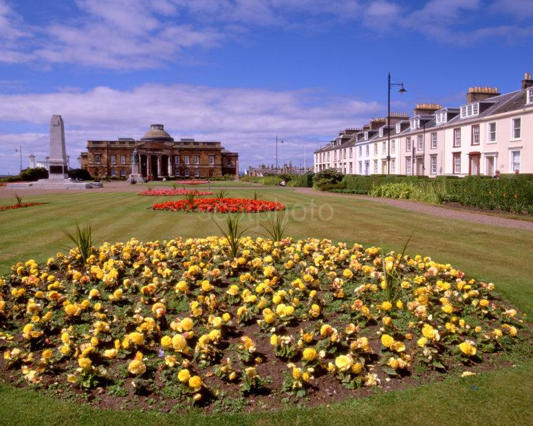 Summer Scene In Wellington Square Ayr Town Centre