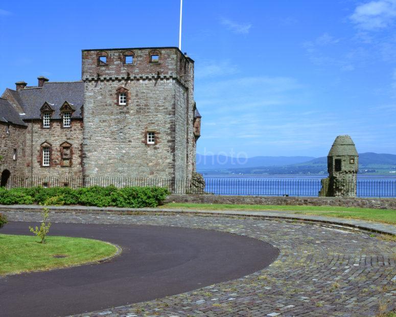 Newark Castle Renfrewshire Clyde