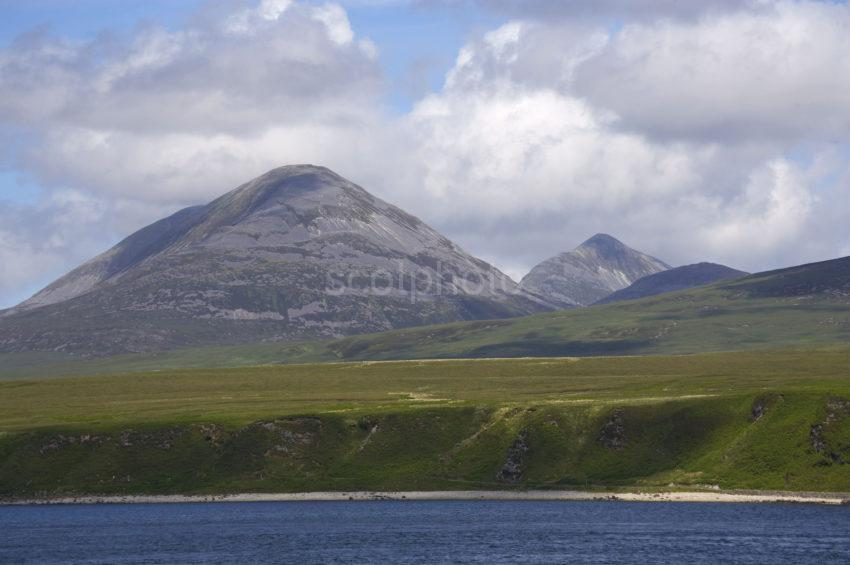 PAPS FROM THE SOUND OF JURA