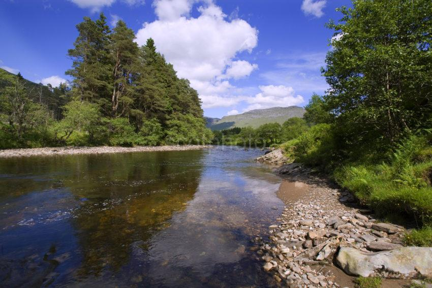 WY3Q0750 River Orchy In Glen Orchy
