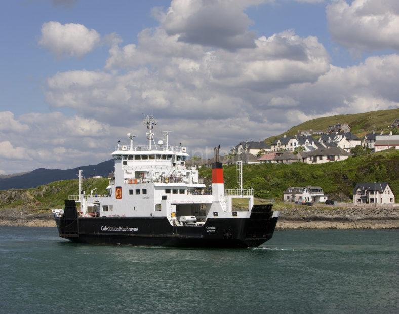 MV Coruisk Departs Mallaig