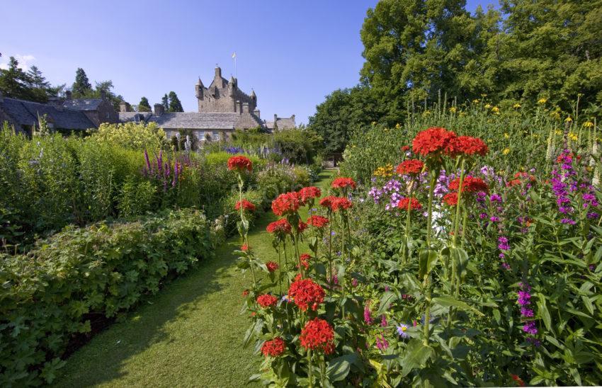 0I5D8889 Cawdor Castle From Gardens Nairnshire