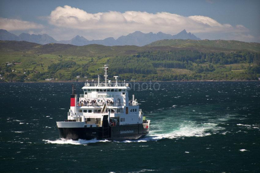 DSC 5960 Fab Shot Of Coruisk With The Cuillins SMALL