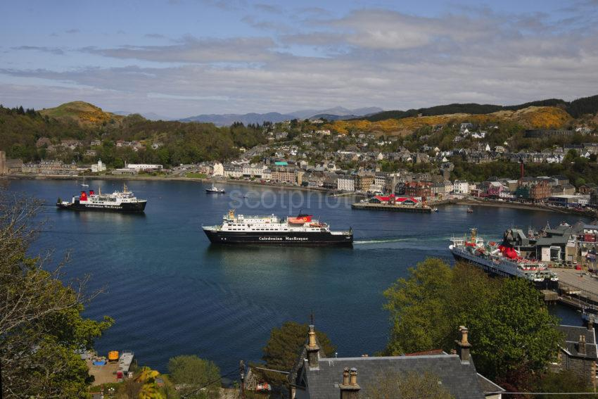 DSC 0994 GREAT NEW PICTURE OF OBAN BAY MAY 2015