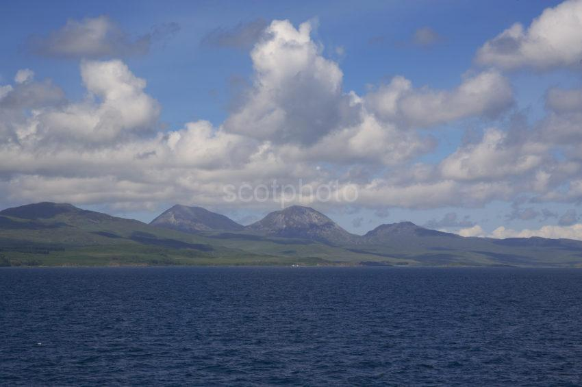 WY3Q1223 Paps Of Jura From The Sound Of Jura