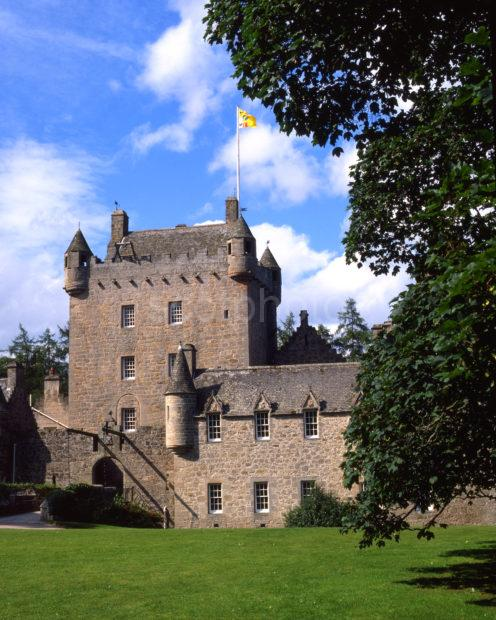 Cawdor Castle A 14th Cent Tower House Nr Nairn On The Moray Firth