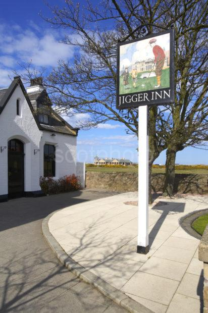 WY3Q9593 Jigger Inn Old Course St Andrews