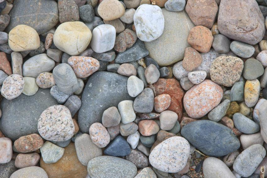 I5D9851 Pebbles On Shore