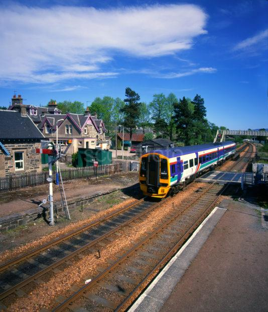 158 Sprinter Passes Through Kingussie