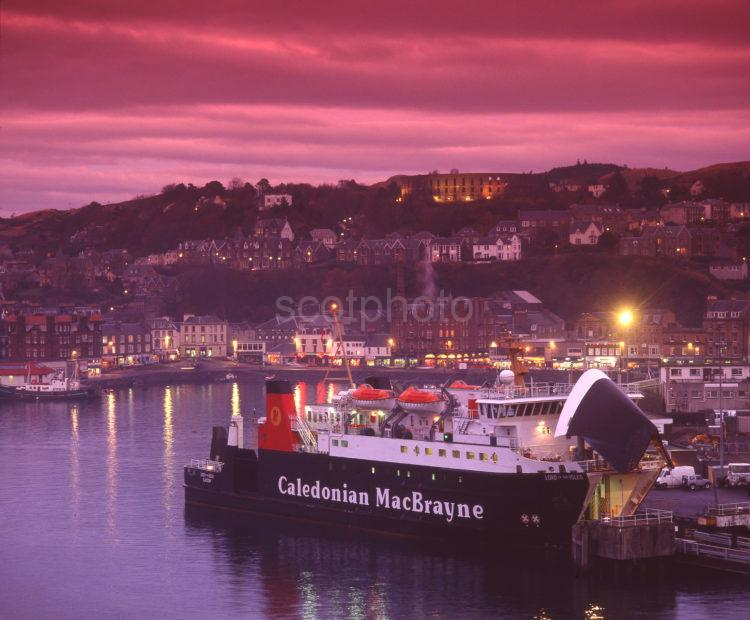 Dusk Falls On Oban With The Calmac Ferry Lord Of The Isles In View Oban Argyll