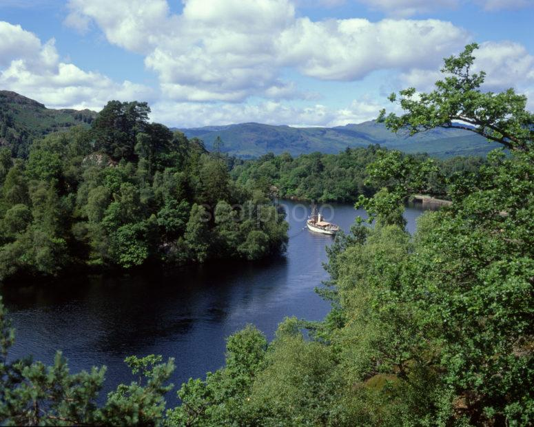 Sir Walter Scott Sails Along Loch Katrine Trossachs