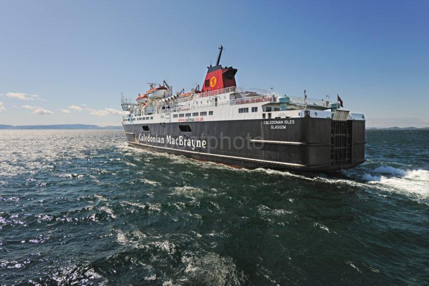 DSC 4912 Big Ship MV Caledonian Isles Heads For Arran Fro Ardrossan Ayrshire