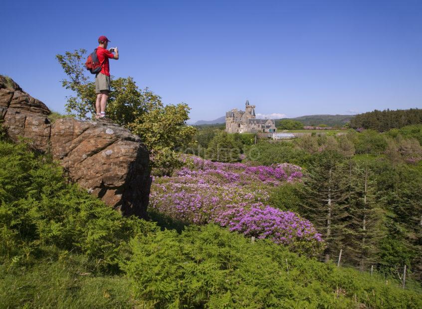 WY3Q8737 Tourist At Glengorm Castle Mull