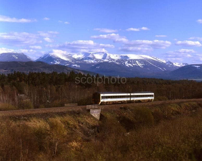 158 Sprinter Passes The Cairngorm Mountains