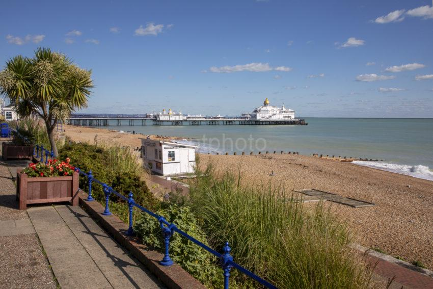 D00ced1b 198a0061 Eastbourne Pier