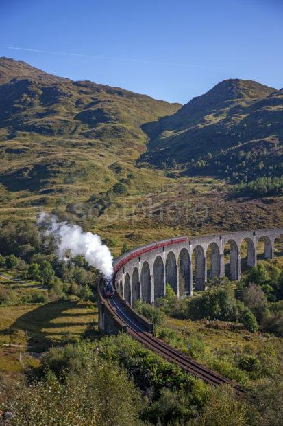 E48cef16 1z6e9984 Steam Train At Glenfinnan 2019
