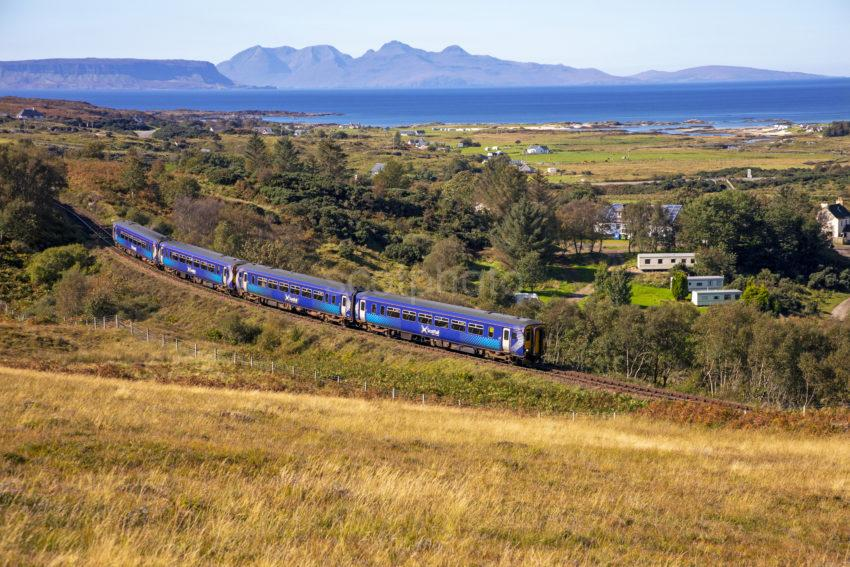 22f59c0e 198a9752 Scotrail 156 4 Coach Sprint With Eigg Rum In View 2019