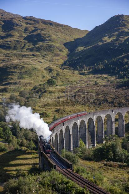 6f4be06a 1z6e9985 Jacobite Crossing Glenfinnan Sept 2019